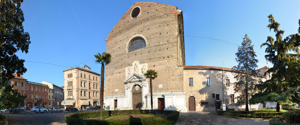 BasilicaEsterno.jpg