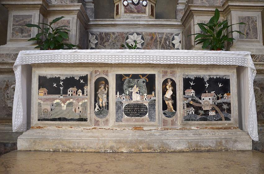 Altare della Madonna della Fraglia dei Molinari