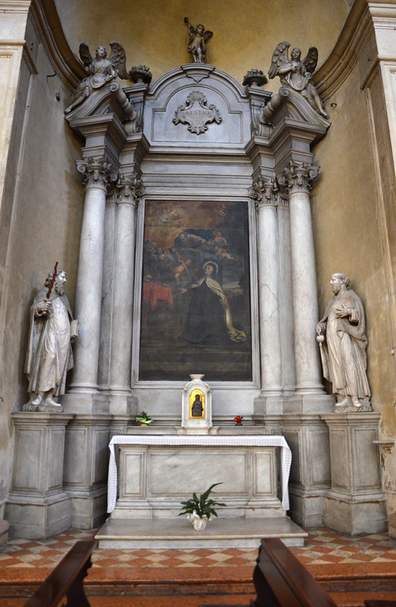 Altare di S. Teresa d'Avila.